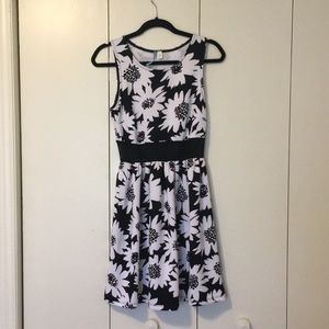 Francesca black and white quilted dress